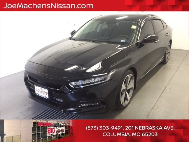 Pre-Owned 2019 Honda Accord Touring 2.0T